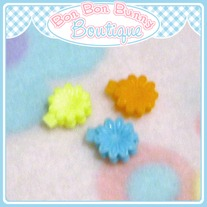 Tiny Treat Hair Clip - Flower C