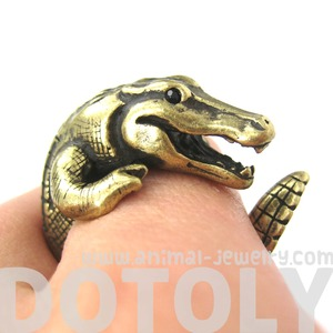 3D Crocodile Dragon Animal Wrap Around Ring in Bronze - Sizes 5 to 9