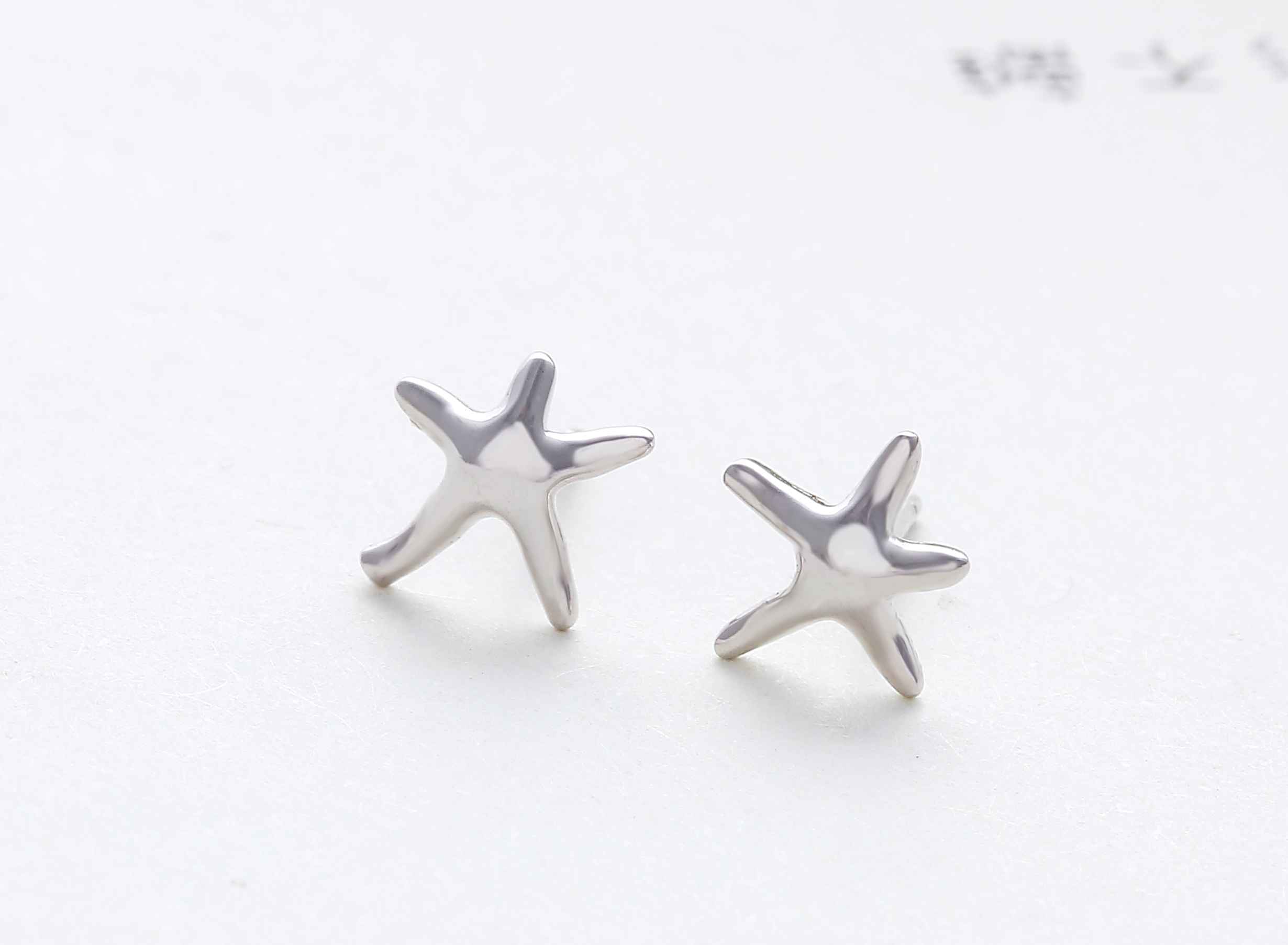 earrings in round girl stud ct set cz pave cut sterling starfish t s silver w pin
