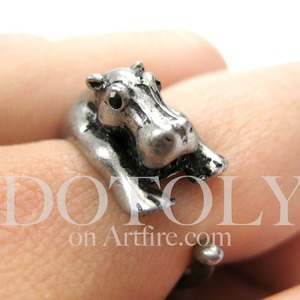 Miniature Baby Hippo Animal Hug Ring in Silver - Sizes 4 to 9 available