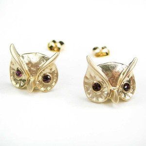 Light Gold Owl Animal Stud Earrings with Feather Detail