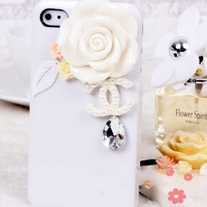 New Bling Crystal White Rose Logo Tear Drop Rhinestone White iPhone 4/4S Case