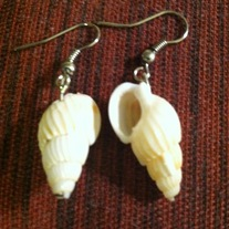 Shell_20earings_medium