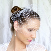 White 12 inch Merry Widow Veil  - Thumbnail 2