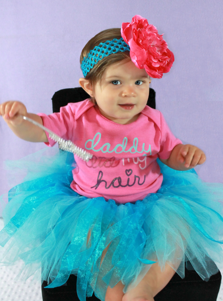 Daddy_did_my_hair_set_tutu_onesie_and_headband_with_large_flower_summer_collection_original