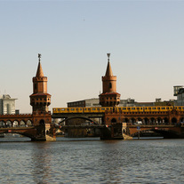 Berlin_20bridge_medium