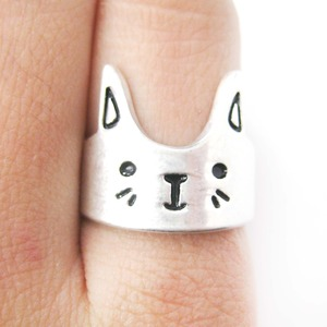 Simple Bunny Rabbit Face Shaped Animal Ring in Silver | Size 6 Only