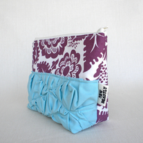 //ON SALE// RUFFLED POUCH IN AUBERGINE FIELDS