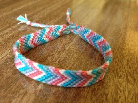 HCM - Avy's House: các loại vòng thắt dây, vòng tình bạn dễ thương ...