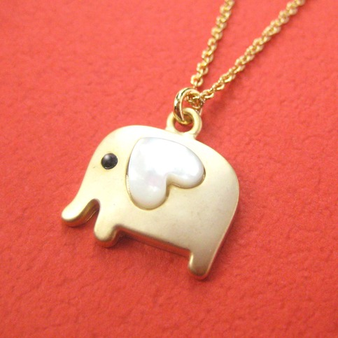 Small Elephant Animal Necklace In Gold With Heart Allergy
