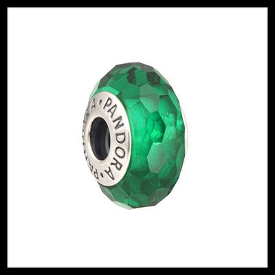 """70706c6230b AUTHENTIC PANDORA """"Fascinating"""" Faceted Green Murano Glass .925  Sterling Silver European Charm"""