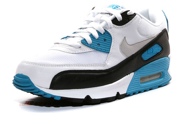 c64754cfae Nike Air Max 90 Laser Blue 2010 (size 11) on Storenvy