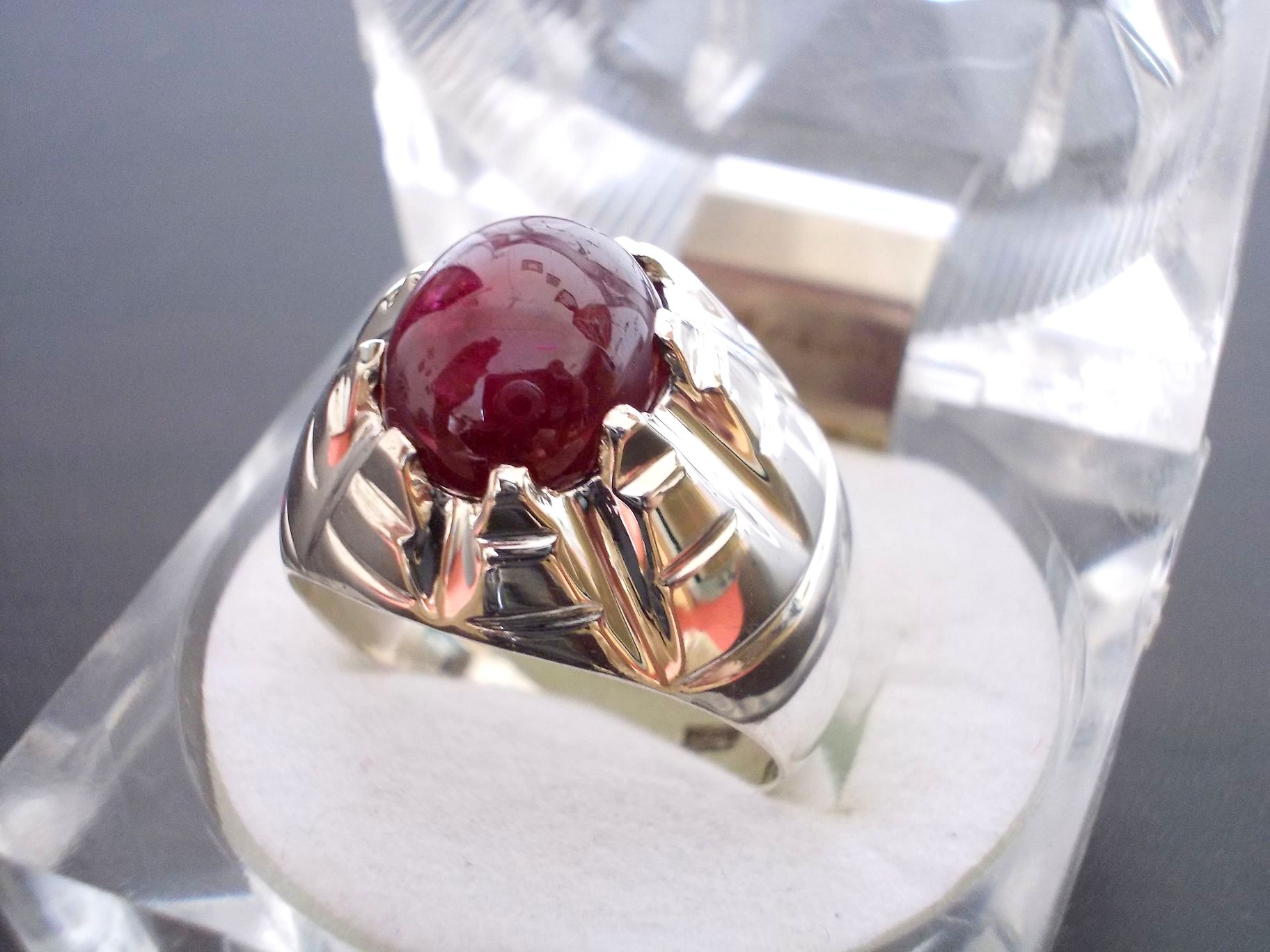 Ruby Wedding Gifts For Men: New Design Pigeon Blood Red Oval Ruby Men Ring In 925