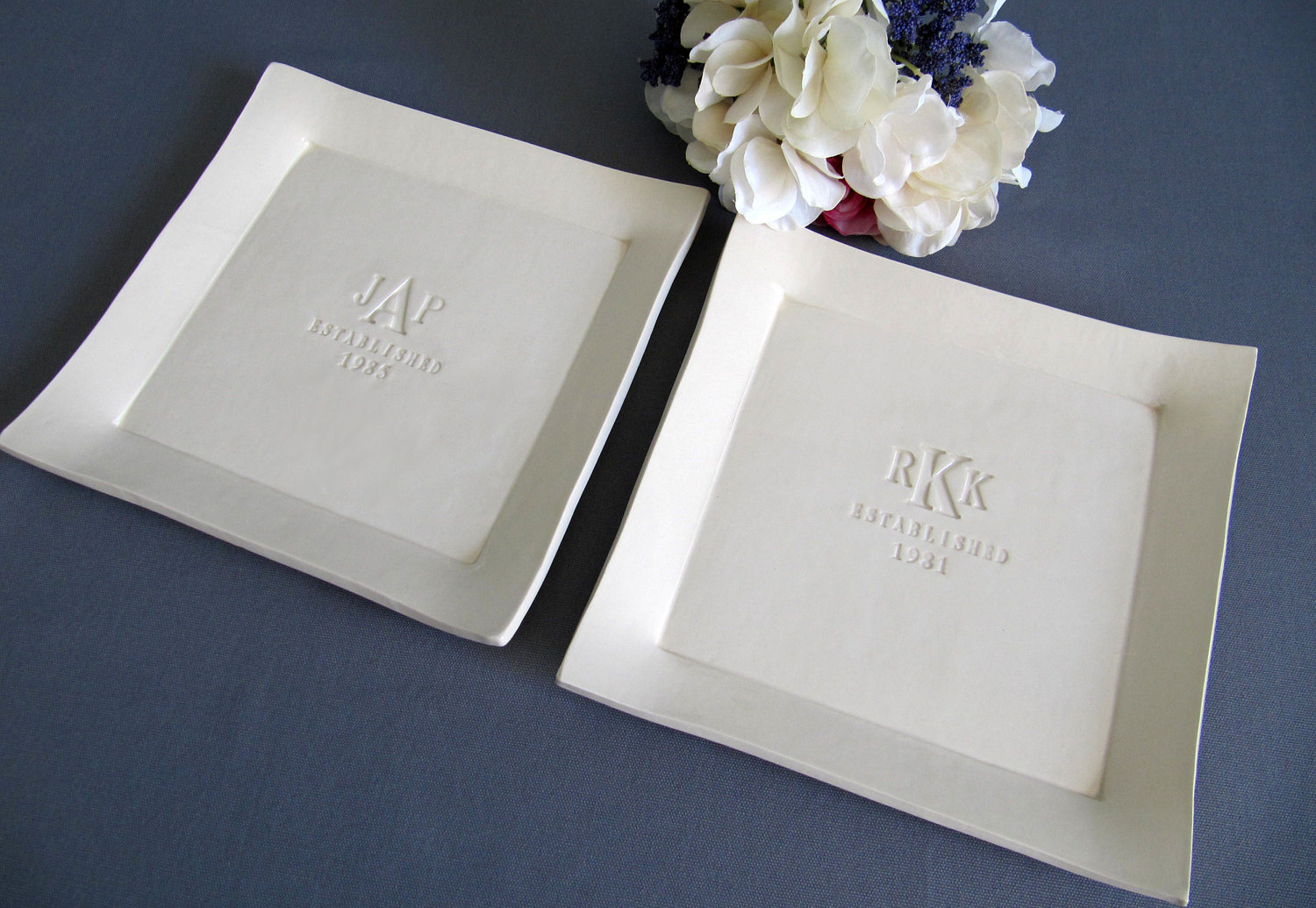 Wedding Gift Online: Set Of Personalized Platters - Parent Wedding