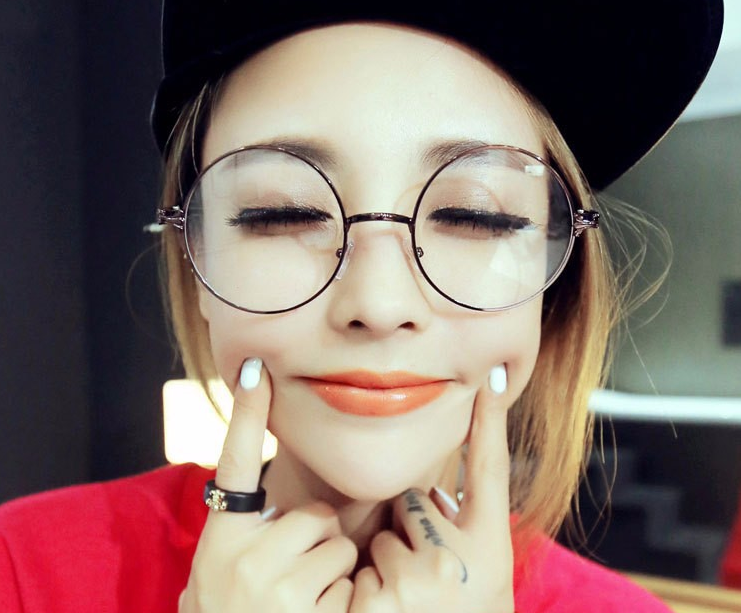 Korean Round Framed Glasses Thumbnail 1
