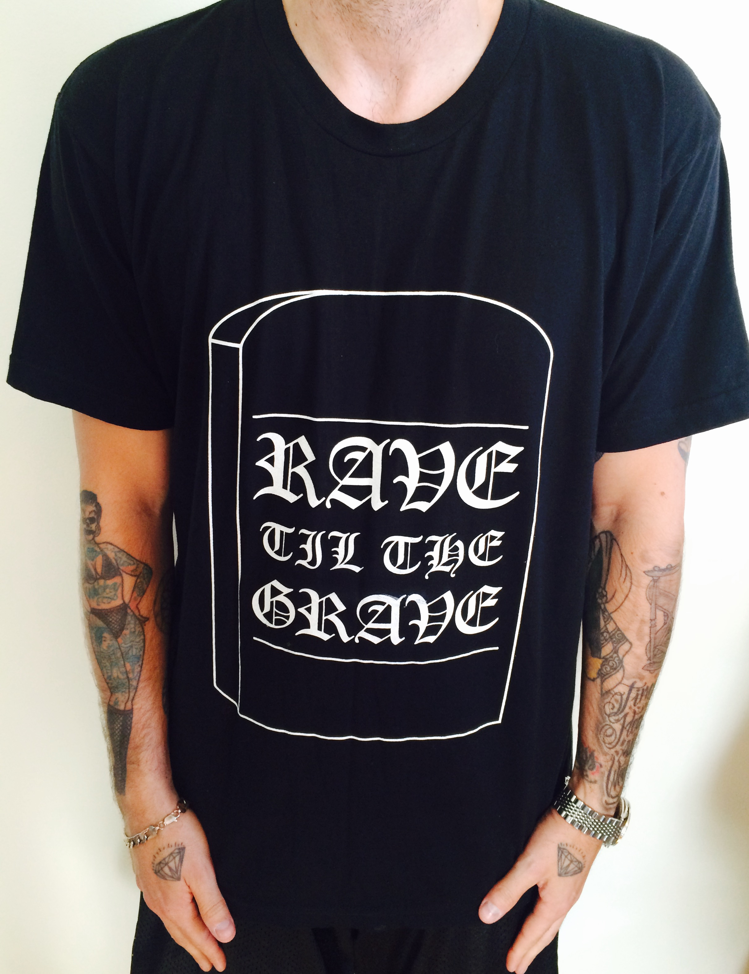 1f4fcb05e RAVE TILL THE GRAVE Tee from LURKER APPAREL