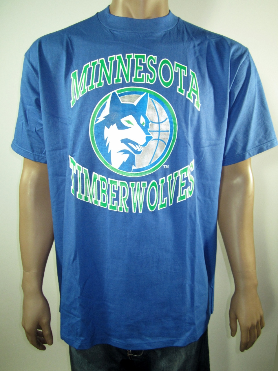 low priced 81c4e c49d7 Vintage NBA Minnesota Timberwolves Swingster T-Shirt XL NWT from DFRNSH8