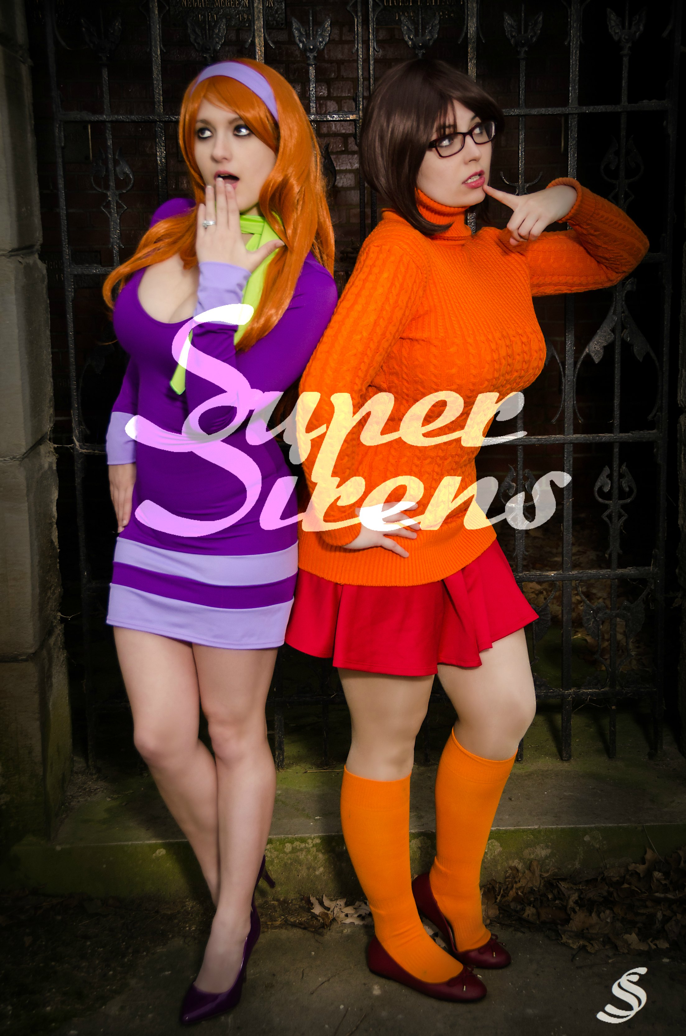 Velma and scooby porn