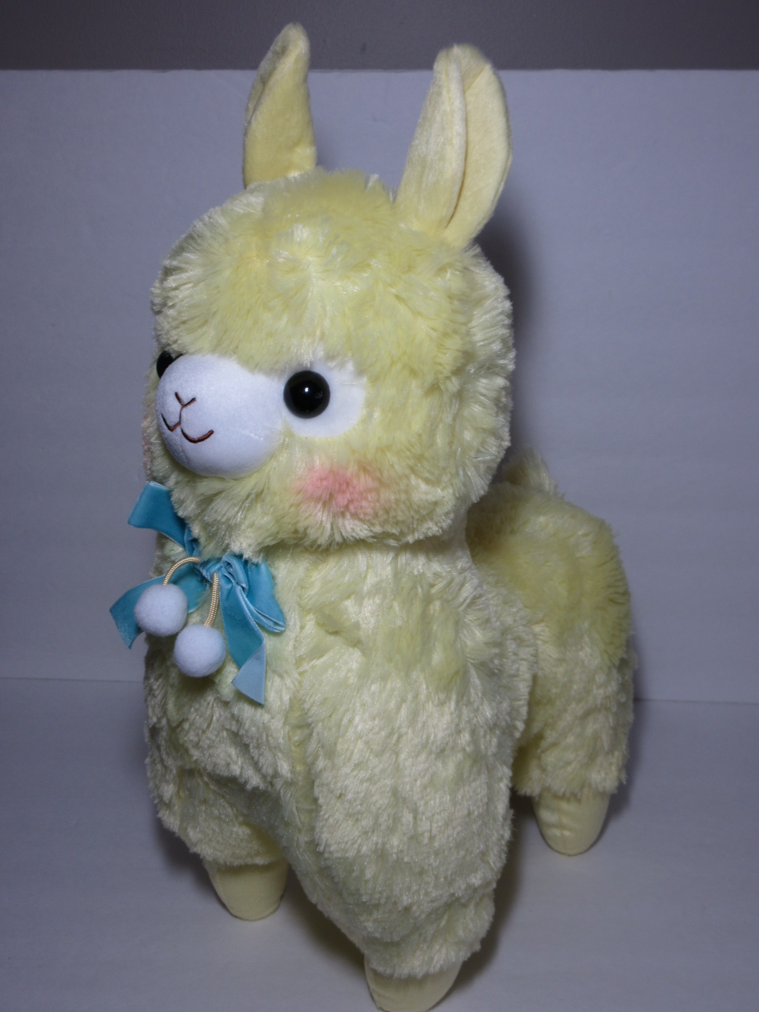 """Velvet Ribbon"" Alpacasso Yellow Alpaca Blue Ribbon 45cm ..."