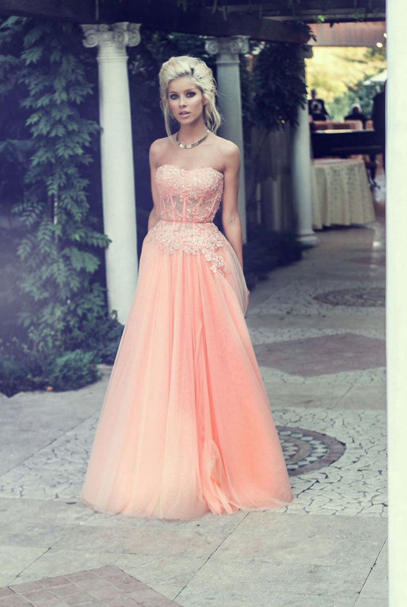 a0b63609c7 New Arrival A-line Strapless Lace Appliqued Bodice Blush Tulle Skirt ...