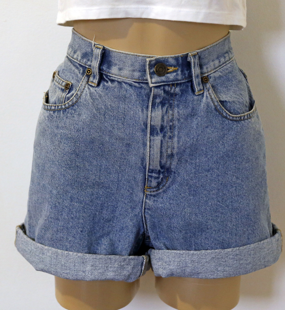 f63db659f1b Vintage Liz Claiborne High-waist Shorts (Size 10) · mod maya · Online Store  Powered by Storenvy