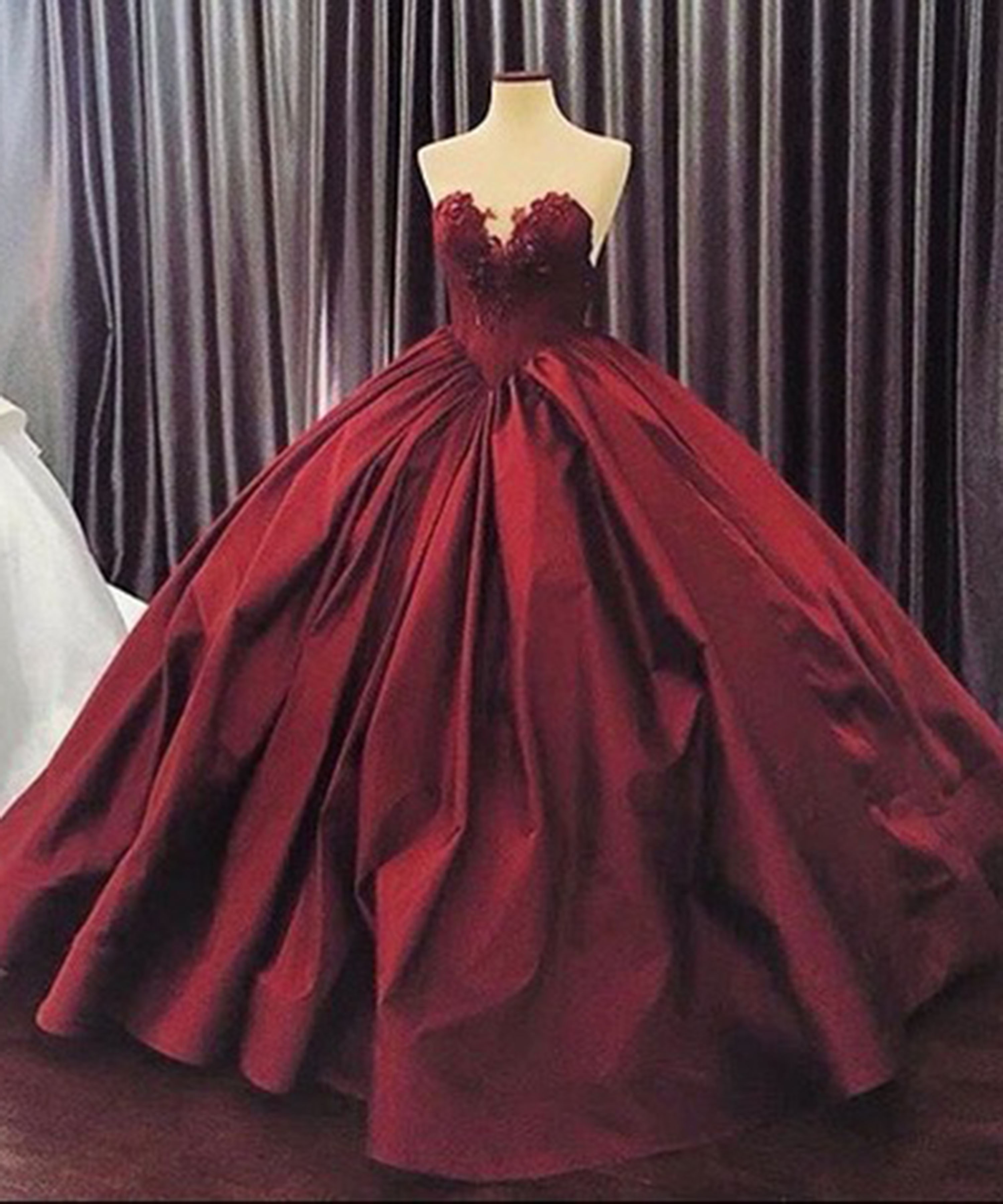 Crimson matte satins sweetheart lace A-line ball gown dresses ...