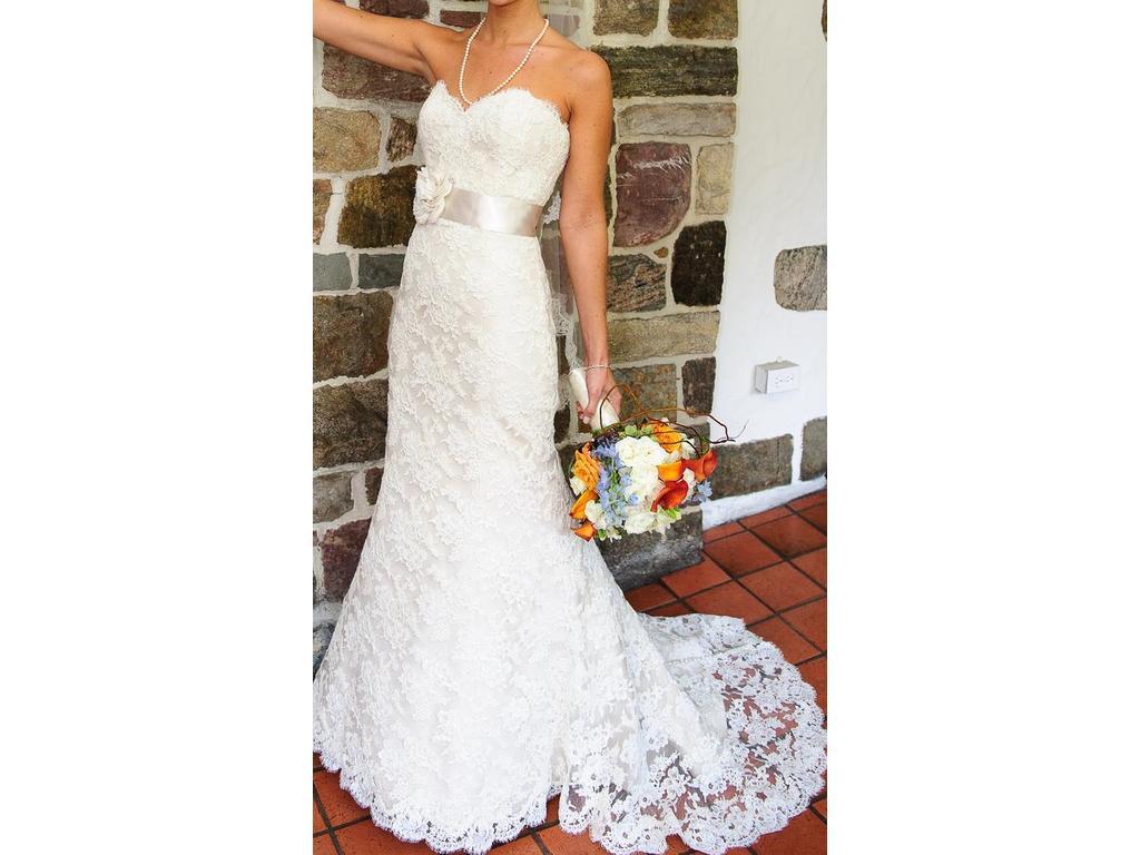 Strapless Mermaid Wedding Gown: Strapless Sweetheart Neckline Lace Mermaid Wedding Dress