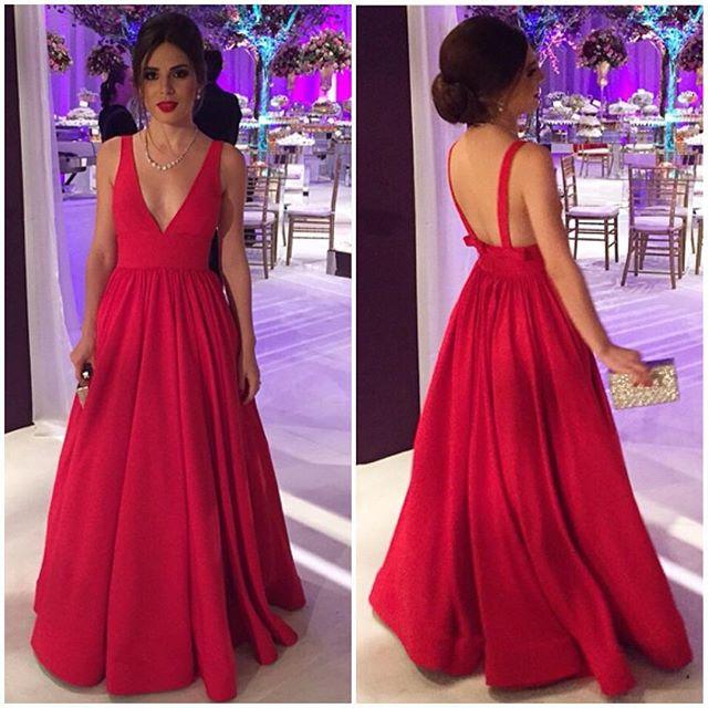 a492e14556 Elegant red satin V-neck long prom dress