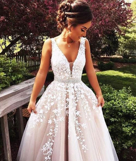 613aeb02eed White v neck lace tulle long prom dress