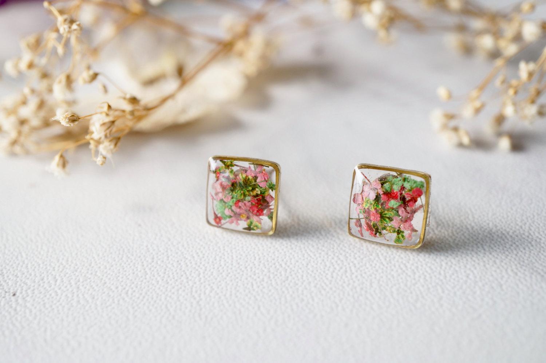 Real Flower Jewellery Pressed Flower Earrings Green Flower Earrings Dried Flower Resin Earrings Botanical Small Flower Earrings