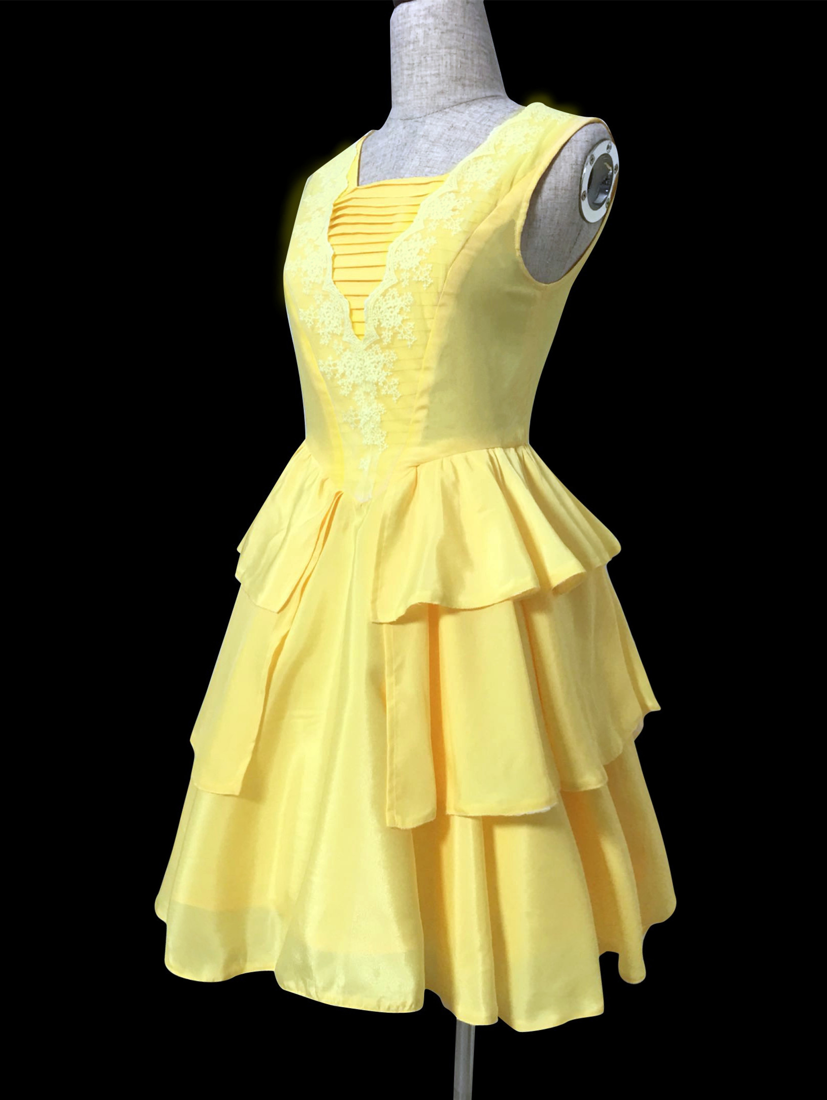 BM110 Belle 2017 yellow dress disneybound · angel-secret ...