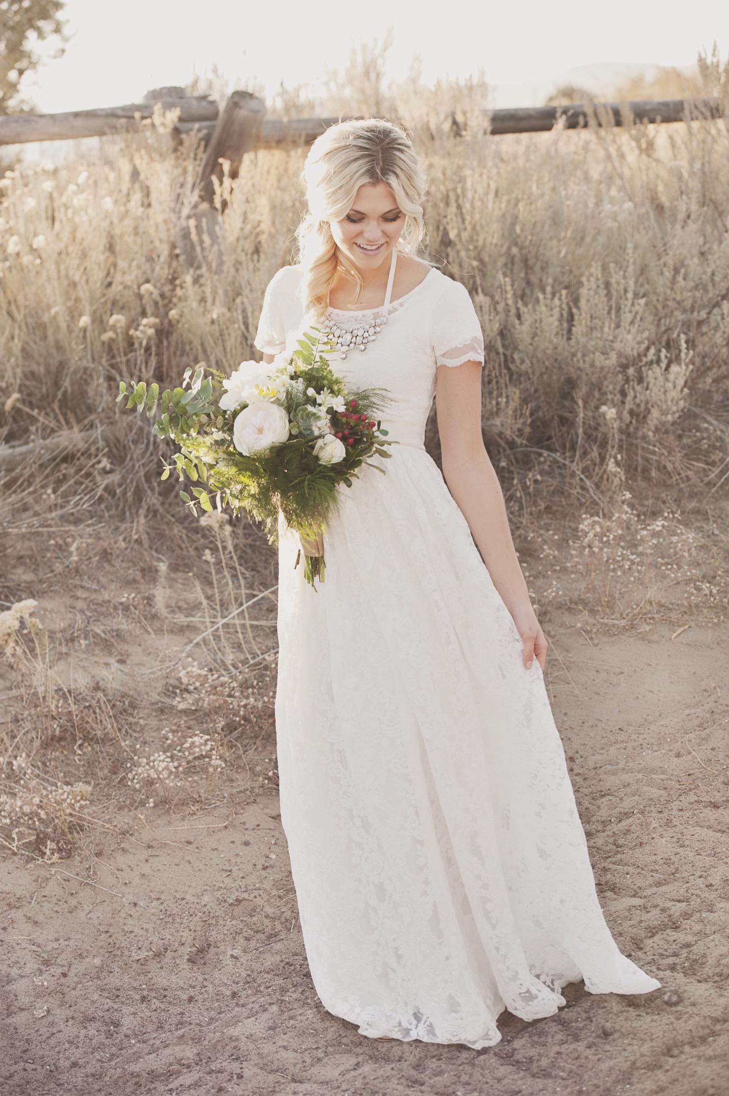 ad87eb391c Vintage Short Sleeves Lace Wedding Dress on Storenvy