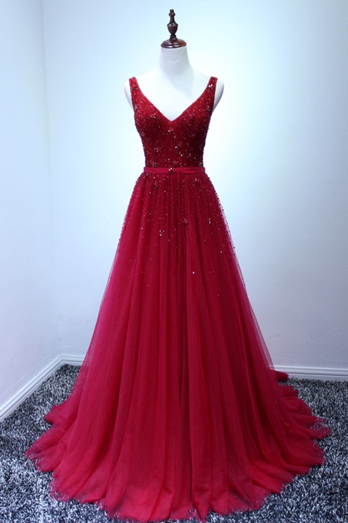 Luxurious red long beading A-line prom dress, V neck halter evening ...