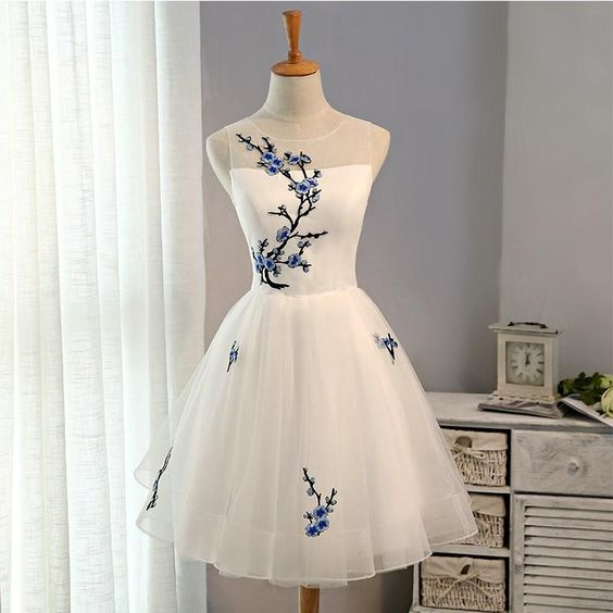 61b5bdb7971 White Short Homecoming Dress with Embroidery, Knee Length Prom Dresses