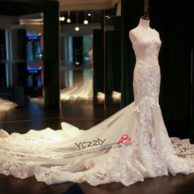 28cf3553b9a8 Sexy one-shoulder mermaid wedding dresses long plus size lace appliques  crystal bridal gowns rw184