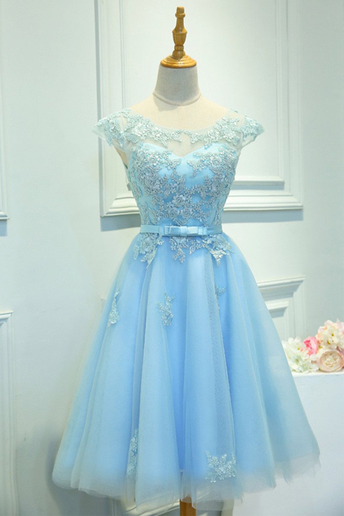 631fcac5f5ec Cute ice blue lace short prom dress with bow