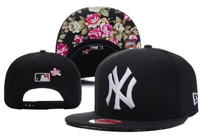 3aa9b6a17b8d0 New 20york 20yankees 20new 20era 20snapback 20with 20floral 20print 20under  20bill 1237 original