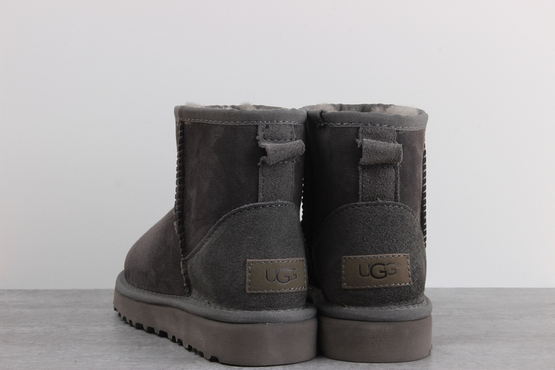 32975be7169 UGG sheepskin one snow boots waterproof anti-fouling shoes gray