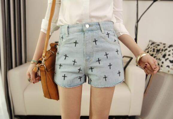 047ee72933a62 FREE Shipping Light Blue Cross Pattern Printed Denim Shorts ...