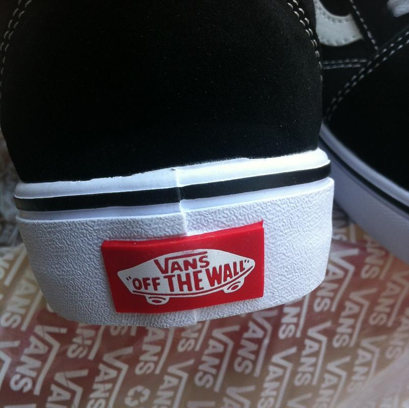 db8b26c9cdce ... Vans Old Skool Core Classic Skate Shoes/Sneakers (Black D3HY28) -  Thumbnail 4
