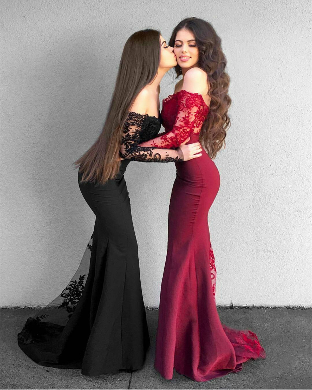 Elegant strapless long mermaid lace evening dress with long sleeves ...