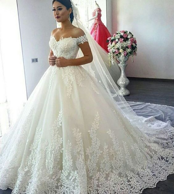ffcf6426b48 2018 Luxury Lace Ball Gown Wedding Dresses V-Neck A-Line Off-Shoulder