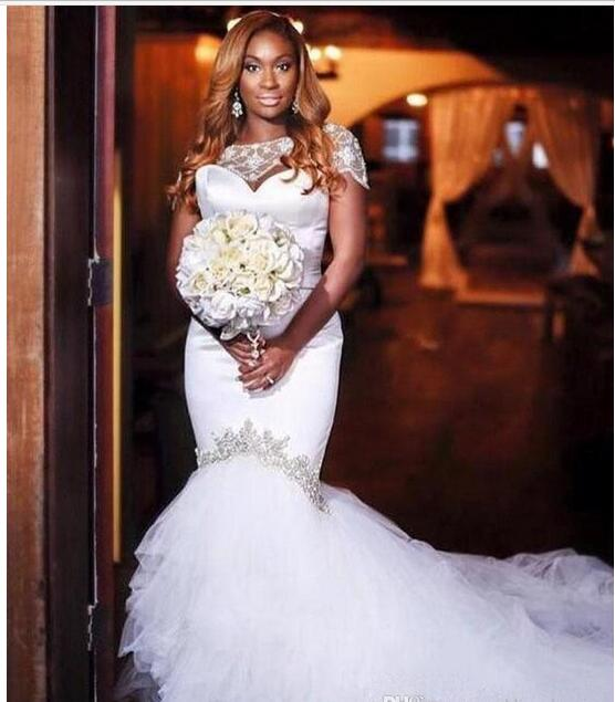 2018 Lace Floral Long Train Mermaid Beach Wedding Dresses Custom