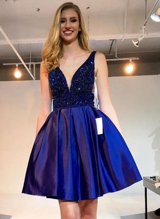 f250c847282 Cute Beaded Short Homecoming Dresses V-Neck Prom Dresses Knee Length ...