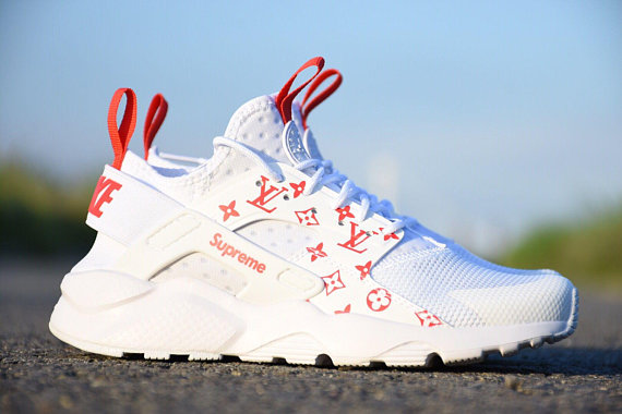 separation shoes 971a7 98e28 ... Supreme X Louis Vuitton X Nike Air Huarache Sneakers. File 211055821b  original ...