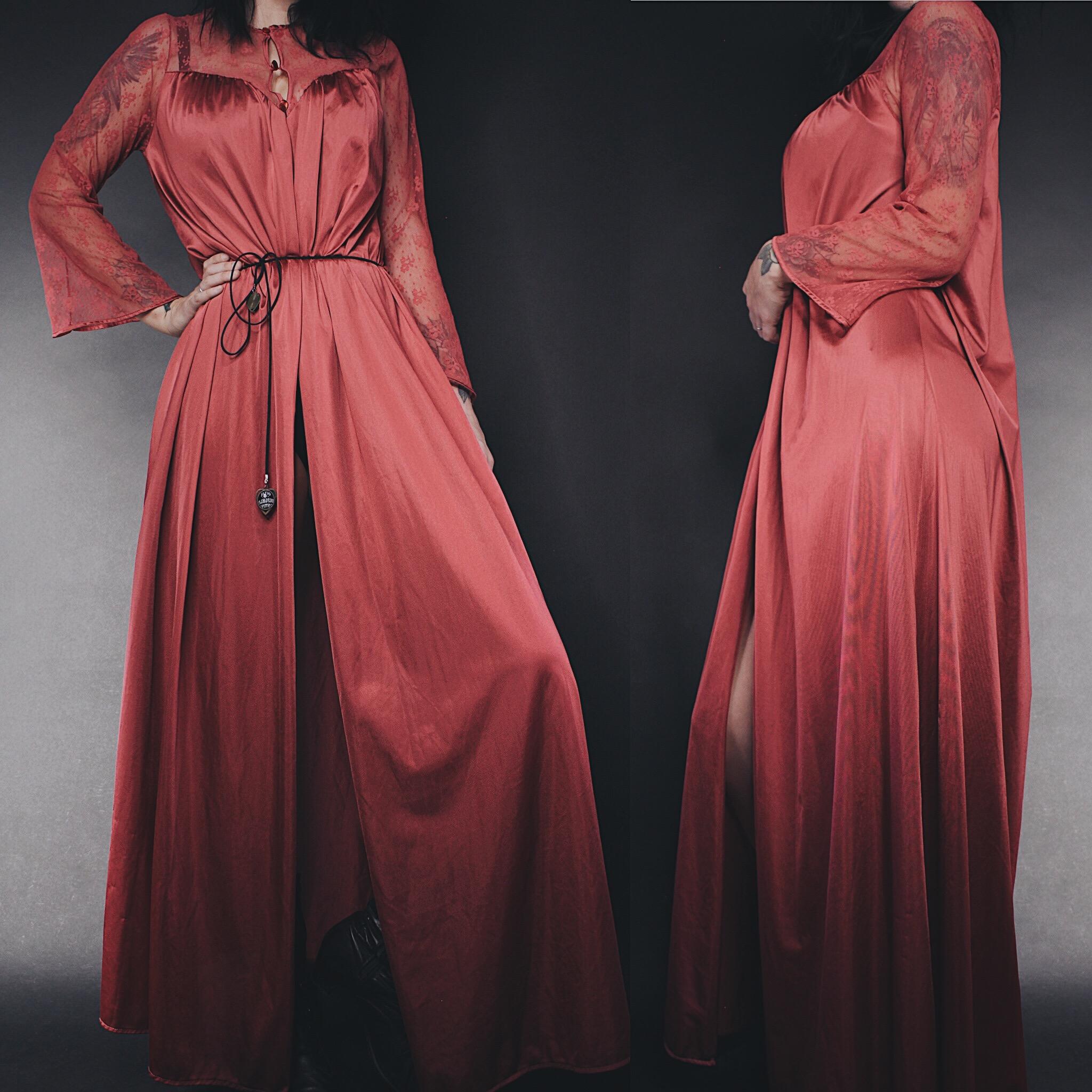 Vintage 80s Raspberry Satin   Lace Dressing Gown · Last Rites ... db6b9d768