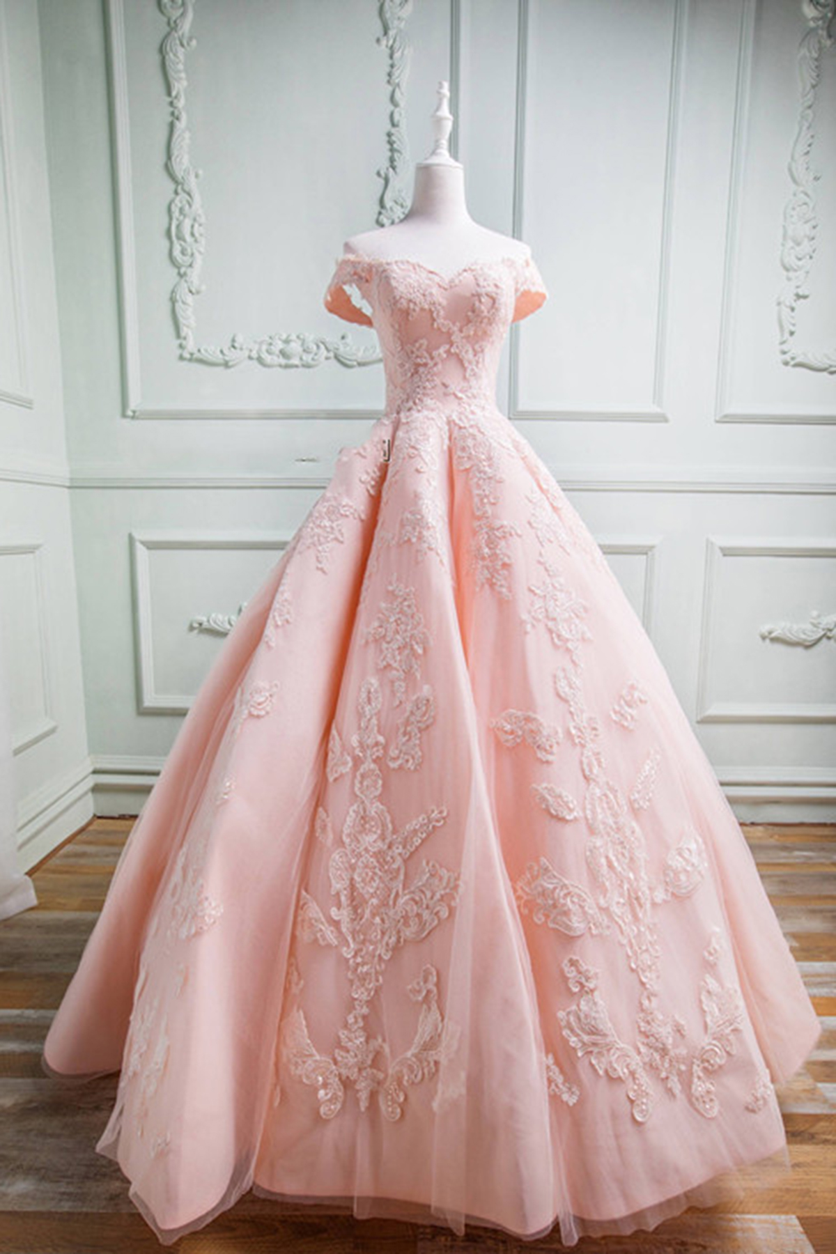 6bc7ecd8986bb Pink Lace Ball Gown Prom Dresses