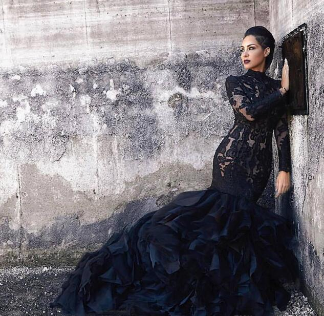 Black Mermaid Lace Wedding Dresses With Long Sleeves High