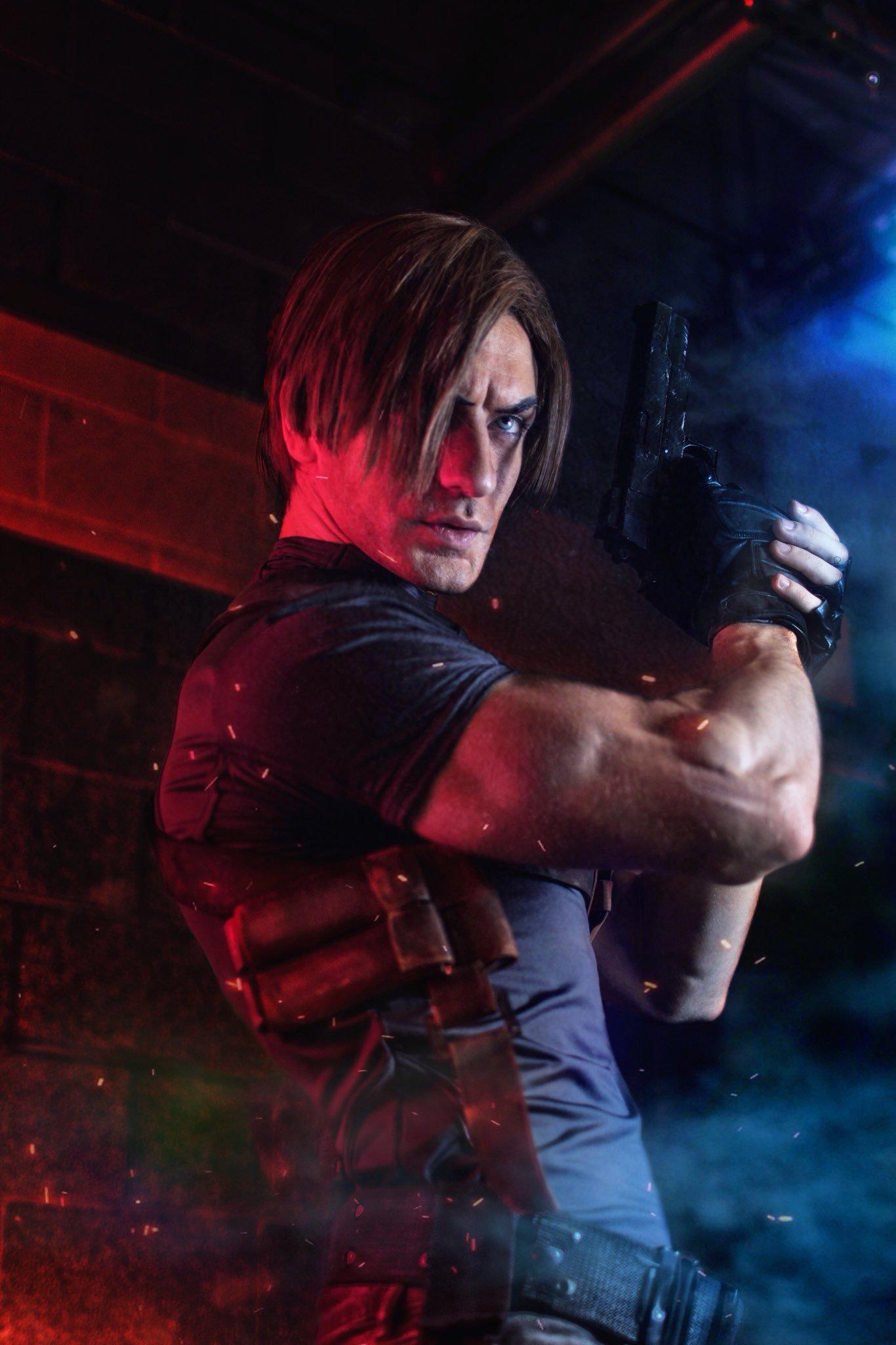 Leon Kennedy Resident Evil 4 Leon Chiro Cosplay Art Online
