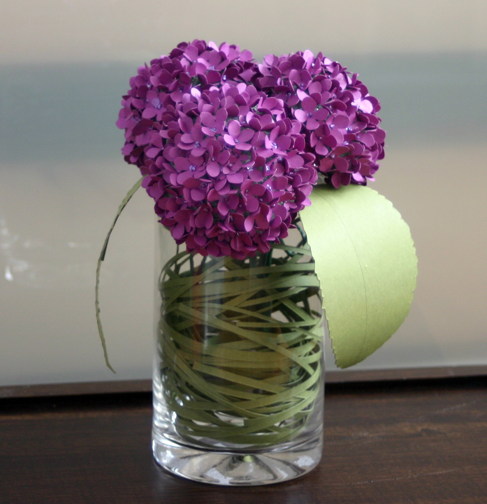 Free shipping hydrangea flowers in a vase on storenvy hydrangea20in20vase20w20bear20grass202original hydrangea20in20vasesmall beet20hyranda20table20setsmall bear20grass202620leavessmall reviewsmspy